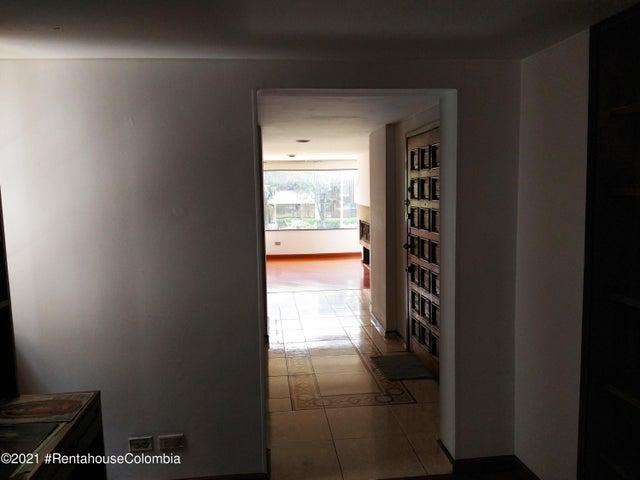 Apartamento Bogota D.C.>Bogota>Santa Barbara - Arriendo:2.800.000 Pesos - codigo: 21-1965