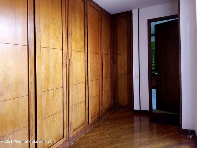 Casa Cundinamarca>Chia>20 de Julio - Venta:850.000.000 Pesos - codigo: 21-2087