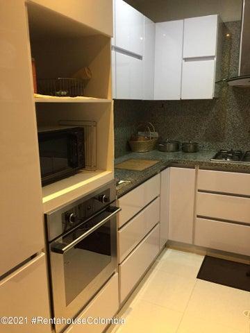 Apartamento Bogota D.C.>Bogota>Santa Barbara - Venta:630.000.000 Pesos - codigo: 22-63