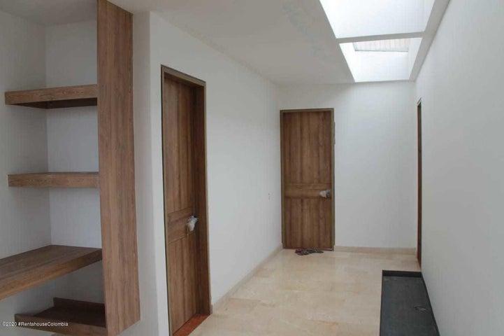 Casa Cundinamarca>Sopo>Villas de Yerbabuena - Venta:2.500.000.000 Pesos - codigo: 22-71