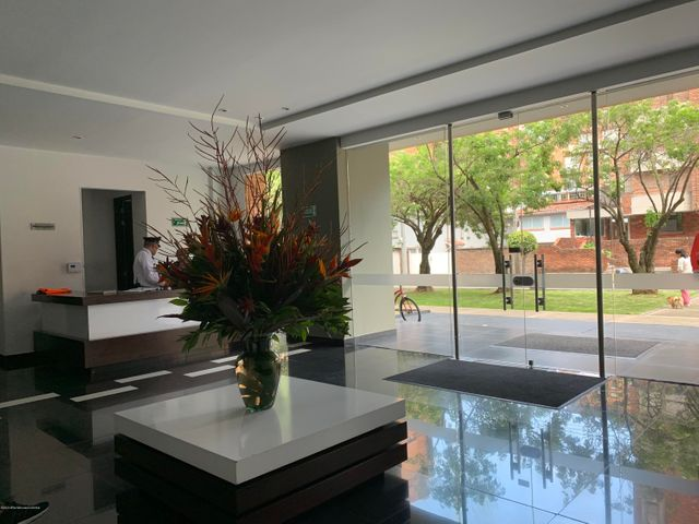 Apartamento Bogota D.C.>Bogota>La Carolina - Venta:380.000.000 Pesos - codigo: 22-123