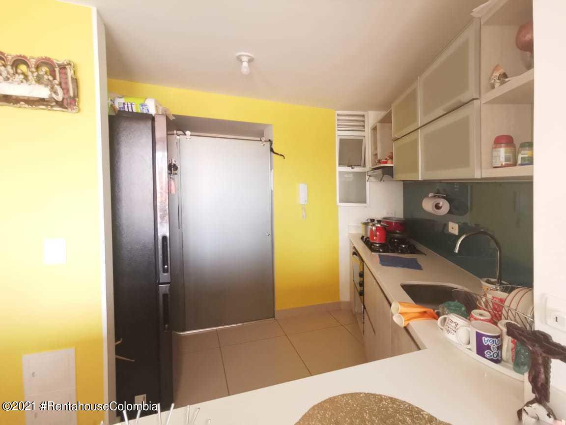 Apartamento Bogota D.C.>Bogota>Castilla - Venta:300.000.000 Pesos - codigo: 22-190