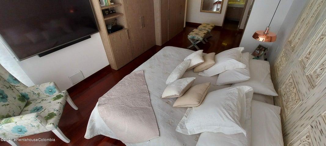 Apartamento Bogota D.C.>Bogota>El Refugio - Venta:1.250.000.000 Pesos - codigo: 22-273