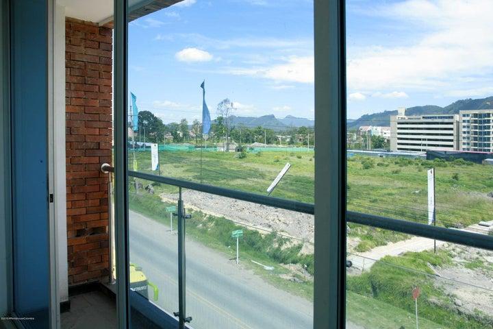 Oficina Cundinamarca>Cajica>Vereda Canelon - Arriendo:1.350.000 Pesos - codigo: 22-328