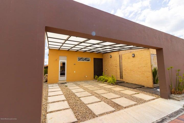 Casa Cundinamarca>Cajica>El Tejar - Venta:1.030.000.000 Pesos - codigo: 22-338