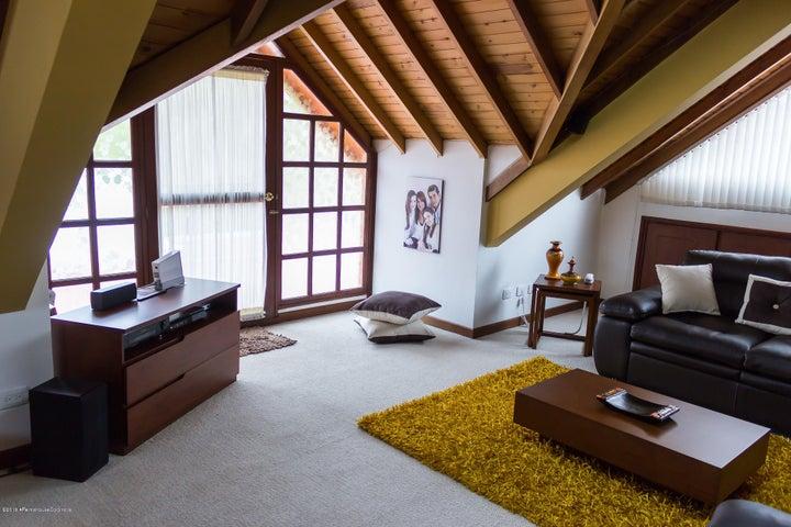 Casa Cundinamarca>Sopo>Hato Grande - Venta:1.700.000.000 Pesos - codigo: 22-363
