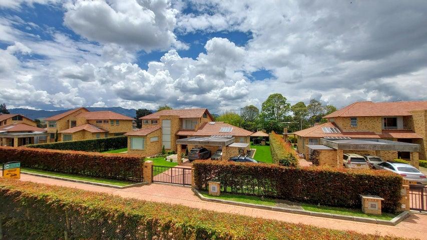 Casa Cundinamarca>Cajica>Vereda Calahorra - Venta:1.900.000.000 Pesos - codigo: 22-388