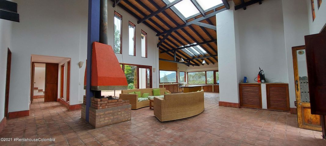 Casa Cundinamarca>La Calera>Vereda El Salitre - Venta:1.200.000.000 Pesos - codigo: 22-372