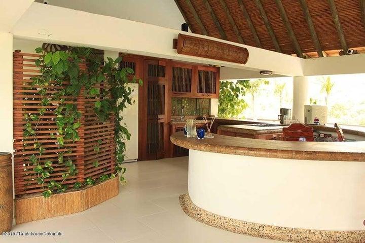 Casa Cundinamarca>Nilo>Potreritos de Nilo - Venta:2.500.000.000 Pesos - codigo: 22-390