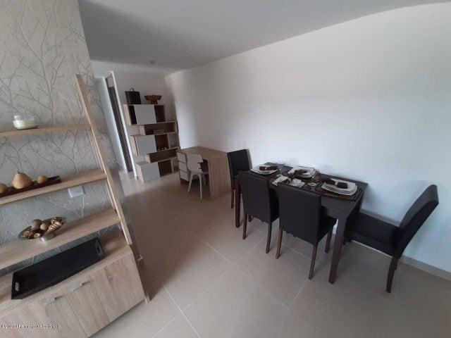 Apartamento Antioquia>Itagui>Ditaires - Venta:277.000.000 Pesos - codigo: 22-438
