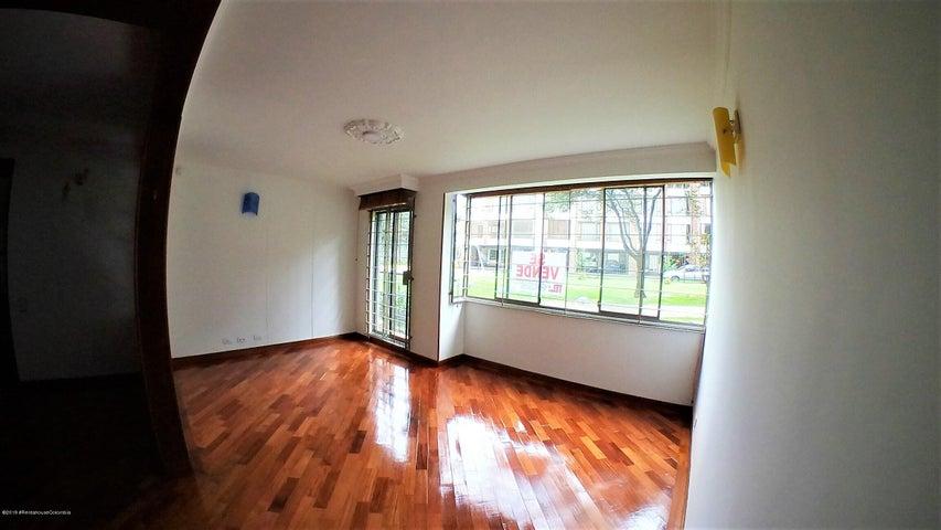 Apartamento Bogota D.C.>Bogota>Colina Campestre - Venta:435.000.000 Pesos - codigo: 22-453