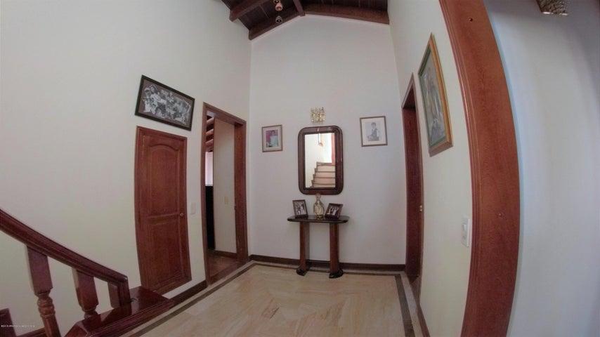 Casa Bogota D.C.>Bogota>Club Los Lagartos - Venta:1.152.000.000 Pesos - codigo: 22-500