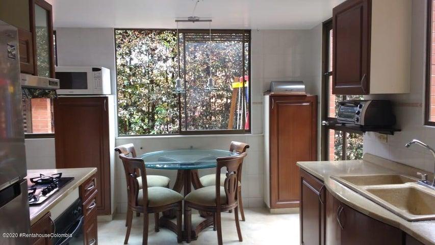 Casa Cundinamarca>Chia>Vereda Bojaca - Venta:690.000.000 Pesos - codigo: 22-505