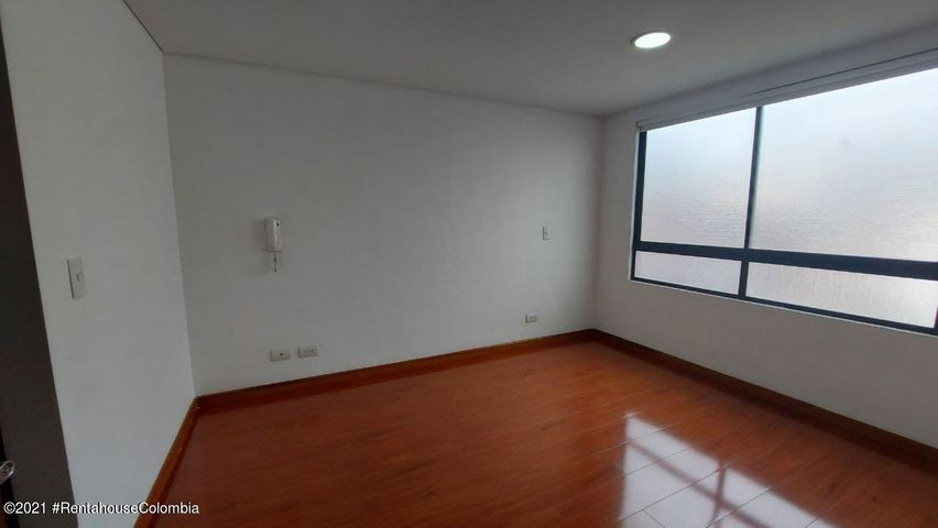 Apartamento Bogota D.C.>Bogota>Nuevo Country - Arriendo:1.800.000 Pesos - codigo: 22-506