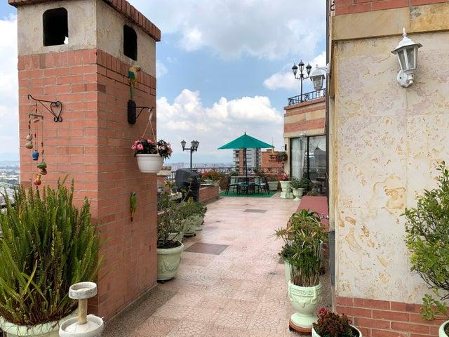 Apartamento Bogota D.C.>Bogota>Bosque de Pinos - Arriendo:13.000.000 Pesos - codigo: 22-527