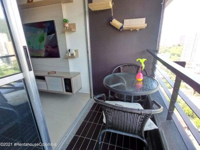 Apartamento Antioquia>Medellin>Rodeo Alto - Venta:225.000.000 Pesos - codigo: 22-550
