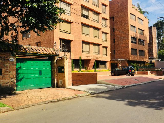 Casa Bogota D.C.>Bogota>La Carolina - Venta:1.100.000.000 Pesos - codigo: 22-551
