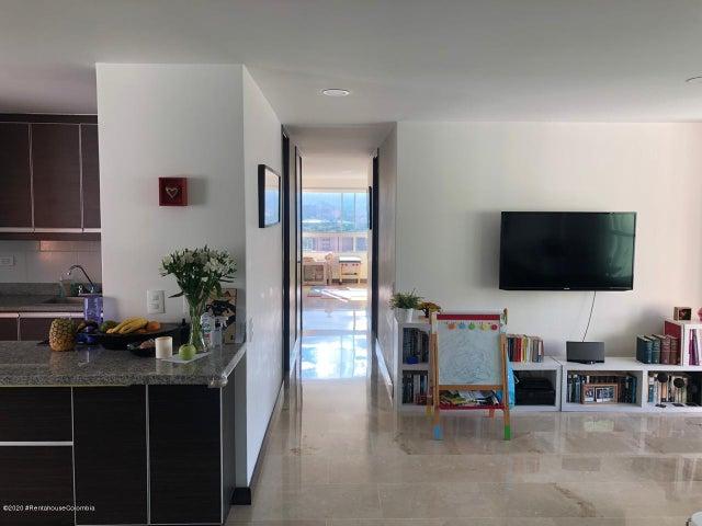 Apartamento Antioquia>Medellin>Aguacatala - Venta:840.000.000 Pesos - codigo: 22-566