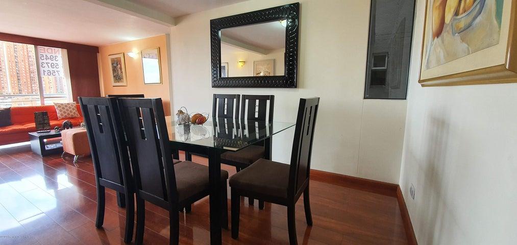 Apartamento Bogota D.C.>Bogota>San Antonio NorOccidental - Venta:450.000.000 Pesos - codigo: 22-678