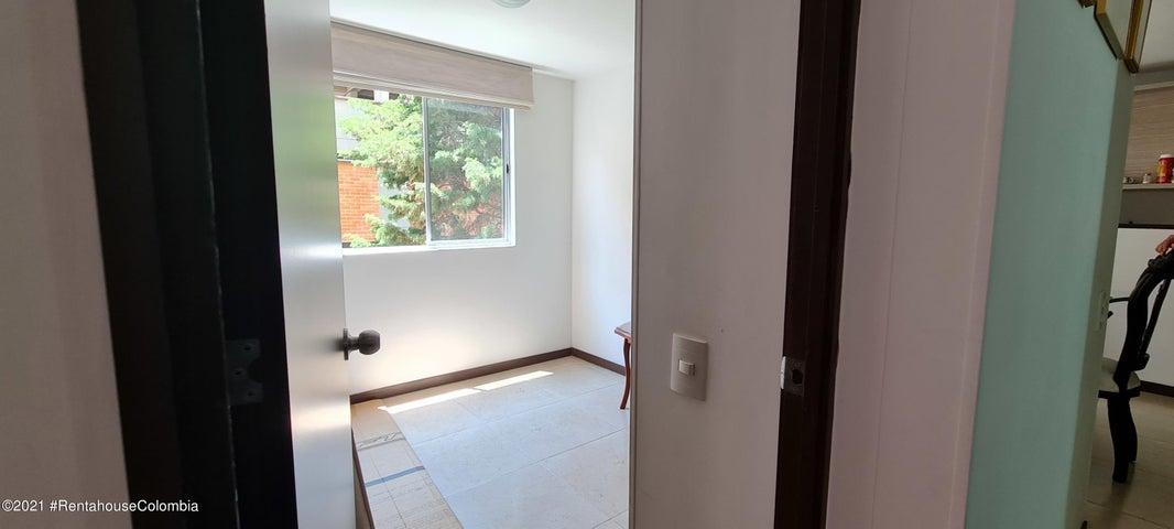 Apartamento Antioquia>Envigado>Senorial - Venta:270.000.000 Pesos - codigo: 22-717