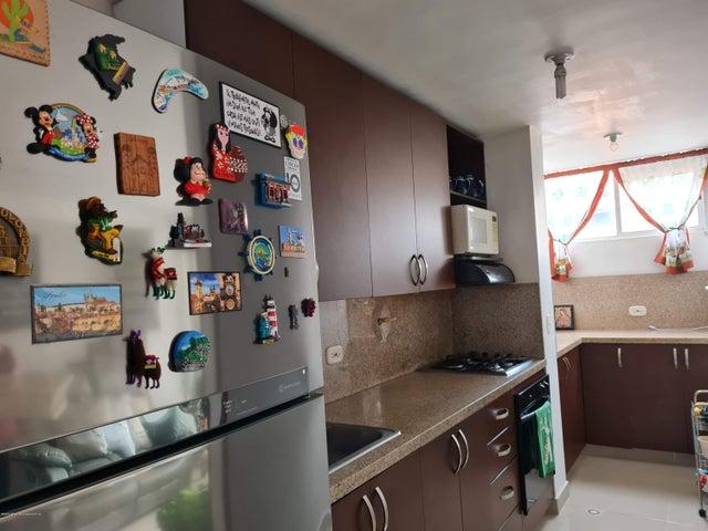 Apartamento Antioquia>Medellin>Pilarica II - Venta:480.000.000 Pesos - codigo: 22-725