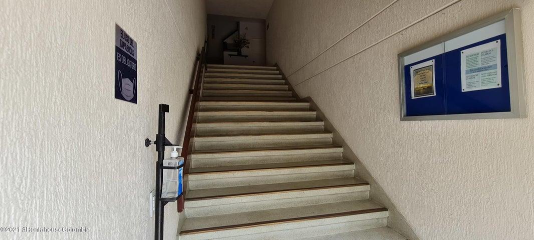 Apartamento Antioquia>Medellin>Loma de los Gonzalez - Venta:640.000.000 Pesos - codigo: 22-732