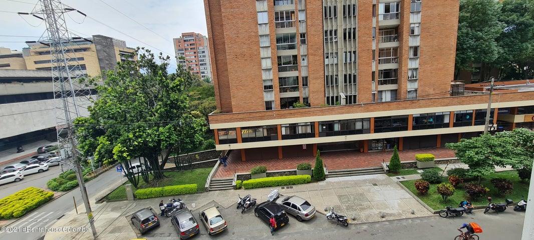 Local Comercial Antioquia>Medellin>Suramerica - Venta:850.000.000 Pesos - codigo: 22-735