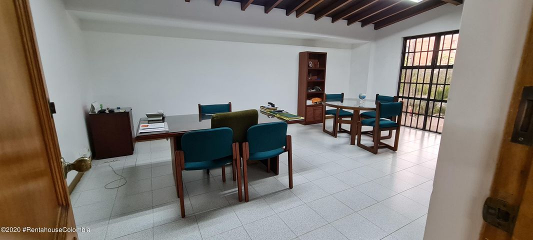 Consultorio Antioquia>Medellin>Laureles - Venta:1.800.000.000 Pesos - codigo: 22-737