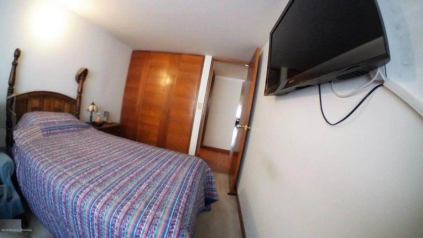 Apartamento Bogota D.C.>Bogota>Rincon del Chico - Venta:505.000.000 Pesos - codigo: 22-740