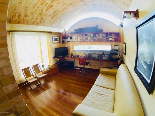 Casa Cundinamarca>Tabio>Vereda Rio Frio - Venta:3.000.000.000 Pesos - codigo: 22-744