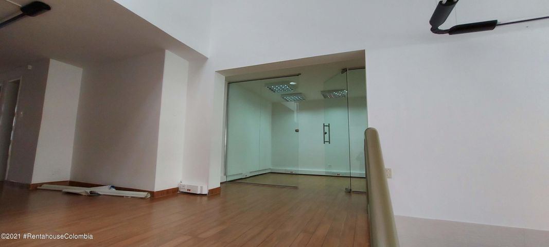 Oficina Bogota D.C.>Bogota>Chico - Arriendo:10.000.000 Pesos - codigo: 22-750