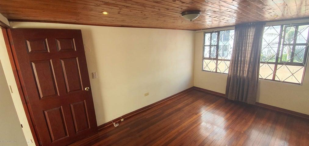 Casa Bogota D.C.>Bogota>Chapinero Alto - Venta:730.000.000 Pesos - codigo: 22-806