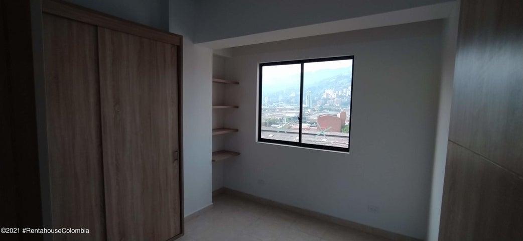 Apartamento Antioquia>Itagui>Asturias - Venta:236.000.000 Pesos - codigo: 22-841
