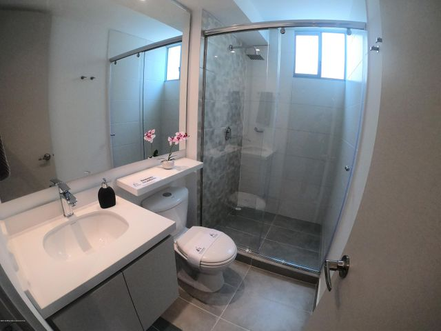 Apartamento Bogota D.C.>Bogota>El Carmen Fontibon - Venta:438.978.000 Pesos - codigo: 22-983