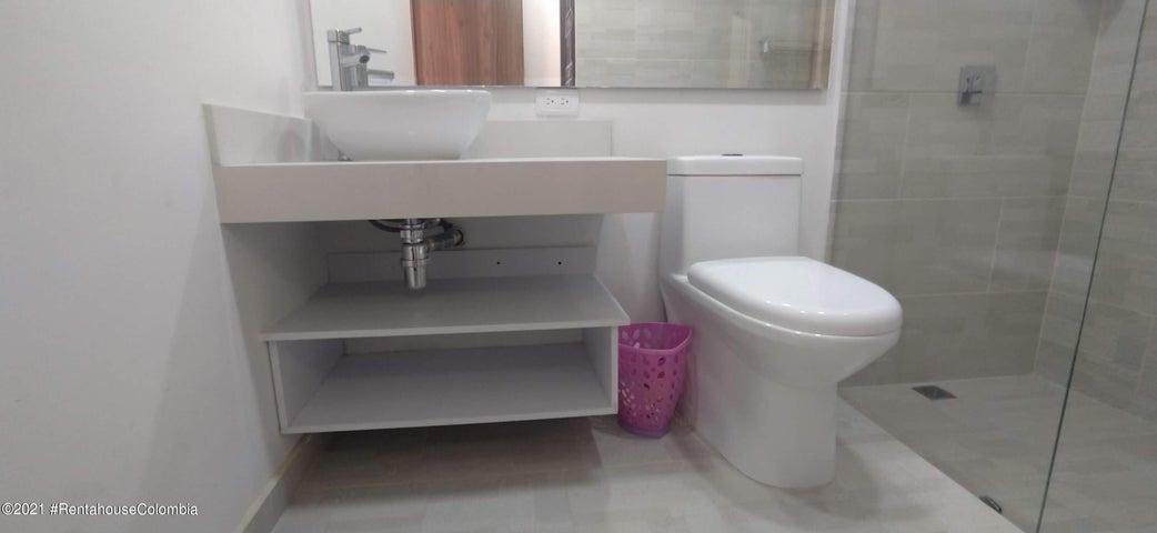 Casa Antioquia>Guarne>Vereda San Jose - Venta:840.000.000 Pesos - codigo: 22-1439