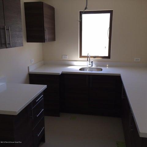 Condominio San Jose>Ciudad Colon>Mora - Alquiler:1.400 US Dollar - codigo: 15-205