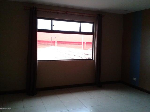 Condominio Heredia>Flores>Flores - Alquiler:1.800 US Dollar - codigo: 15-370
