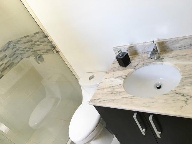 Apartamento San Jose>Santa Ana>Santa Ana - Venta:160.000 US Dollar - codigo: 16-102