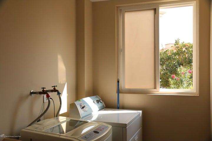 Apartamento Heredia>Belen>Belen - Venta:198.000 US Dollar - codigo: 16-112