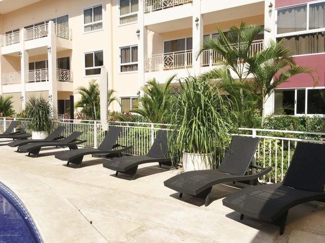 Apartamento San Jose>San Rafael Escazu>Escazu - Alquiler:2.200 US Dollar - codigo: 16-162