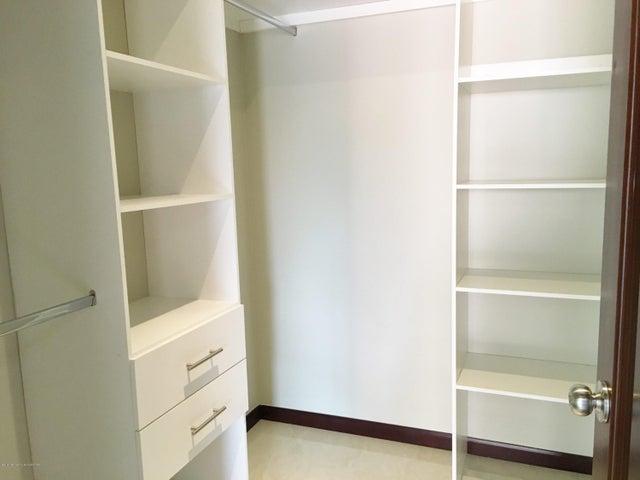 Apartamento San Jose>San Rafael Escazu>Escazu - Venta:280.000 US Dollar - codigo: 16-178