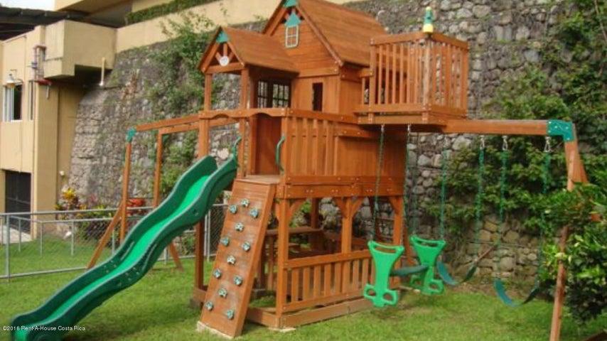 Apartamento San Jose>San Rafael Escazu>Escazu - Venta:290.000 US Dollar - codigo: 16-207