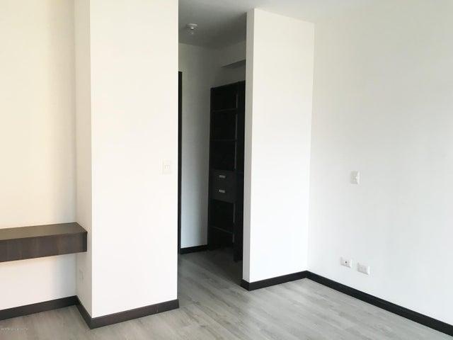Apartamento San Jose>Santa Ana>Santa Ana - Venta:220.000 US Dollar - codigo: 16-218