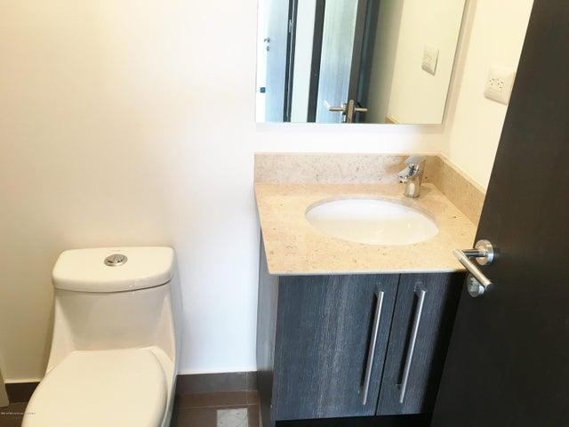 Apartamento San Jose>Santa Ana>Santa Ana - Venta:249.000 US Dollar - codigo: 16-225