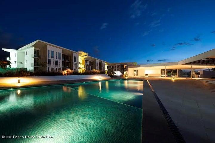 Apartamento San Jose>Santa Ana>Santa Ana - Venta:249.000 US Dollar - codigo: 16-230