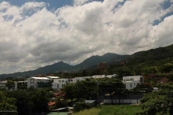 Condominio San Jose>Guachipelin>Escazu - Alquiler:3.000 US Dollar - codigo: 16-240