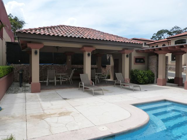 Terreno San Jose>Guachipelin>Escazu - Venta:129.600 US Dollar - codigo: 16-248