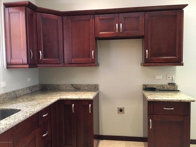 Apartamento San Jose>San Rafael Escazu>Escazu - Venta:335.000 US Dollar - codigo: 16-140