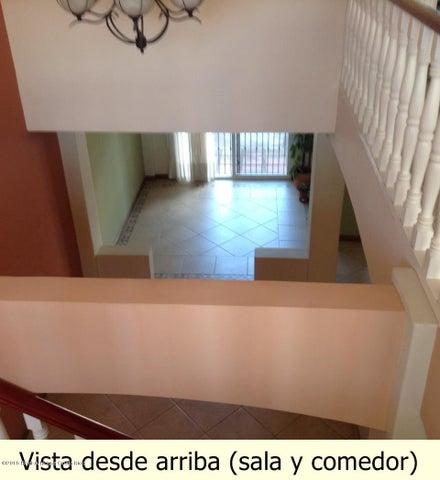 Casa Heredia>San Joaquin de Flores de Heredia>Flores - Venta:290.000 US Dollar - codigo: 16-274