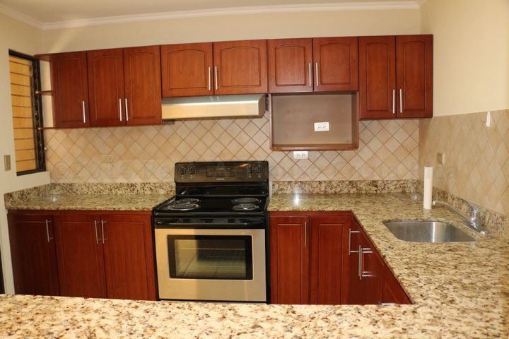 Condominio San Jose>Pozos>Santa Ana - Alquiler:1.375 US Dollar - codigo: 16-283